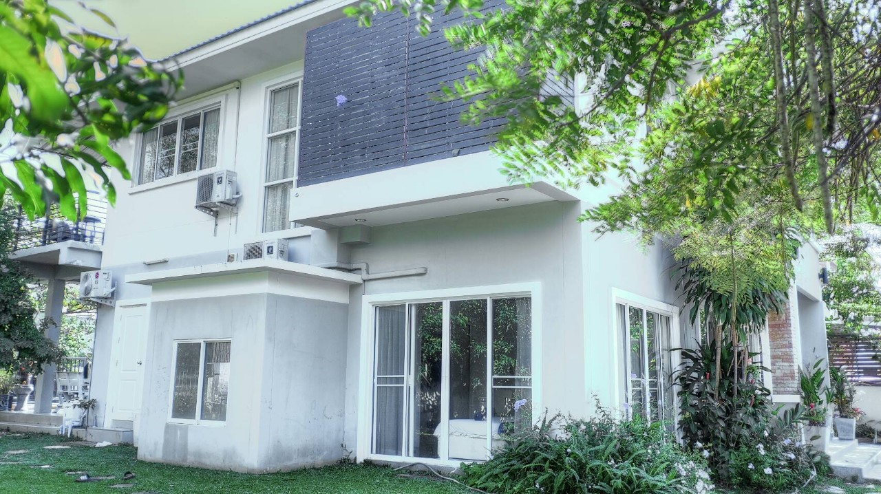 hr5217 house for rent 5 bedrooms in san sai chiang mai